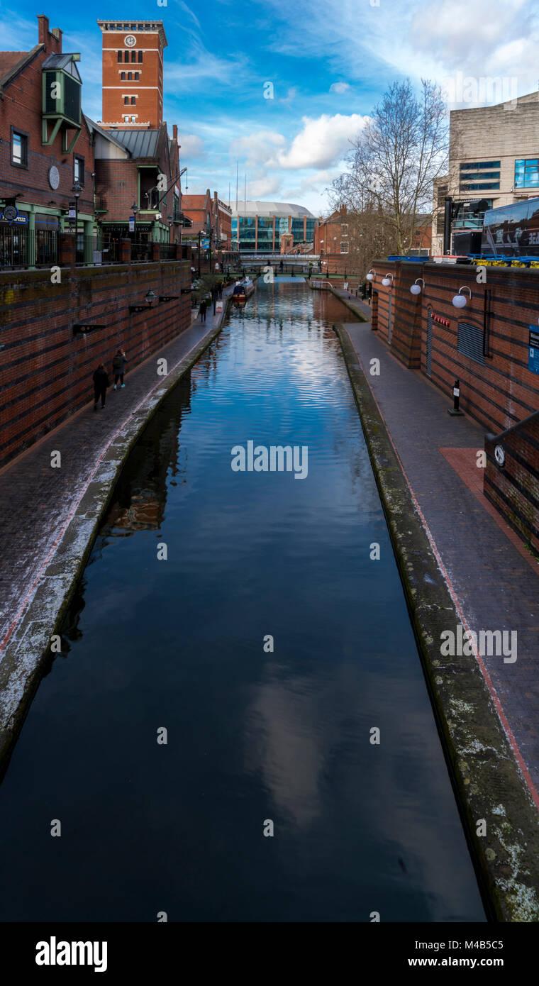 Une vue sur le canal de Brindley Place Birmingham, UK Photo Stock