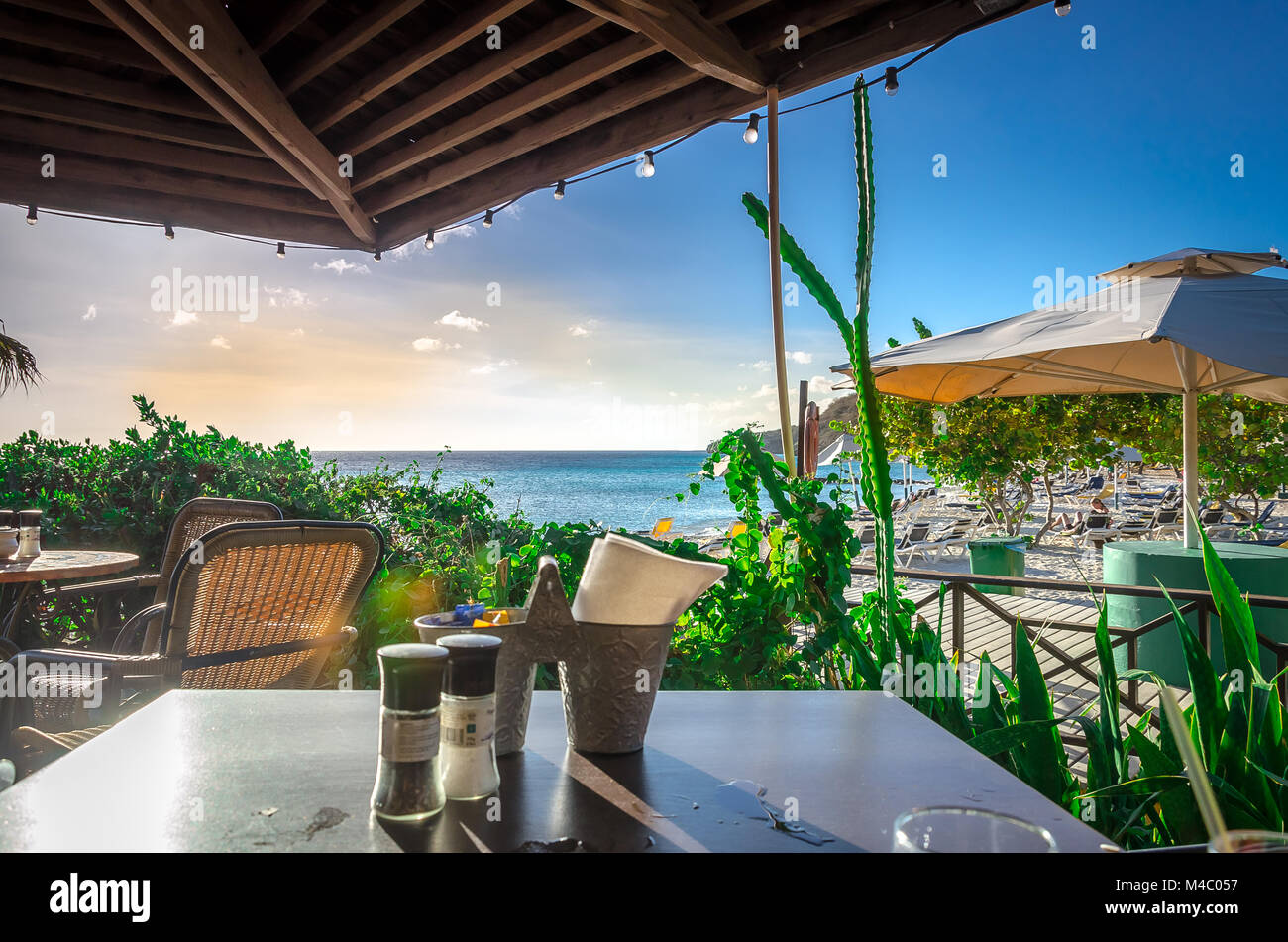 Curacao Porto Mari Beach Sunset, La Fin de l'après-midi Photo Stock