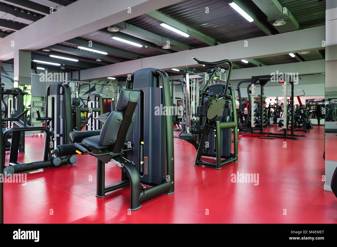 Une Salle De Sport Moderne Avec Des Equipements De L
