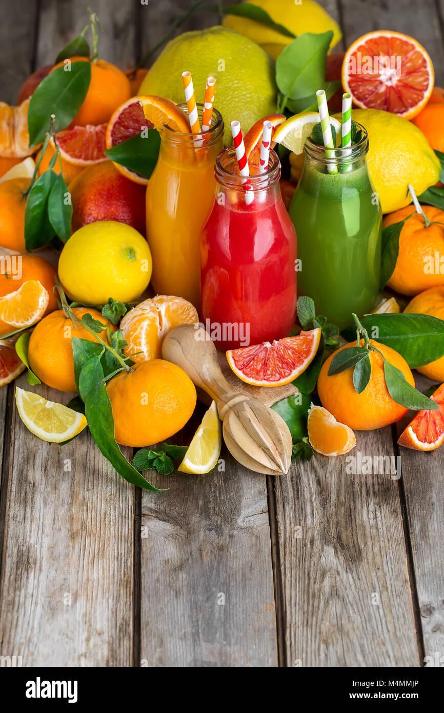 Fresh Orange Jus D Orange Sanguine Et De Limonade Fait Maison Dans