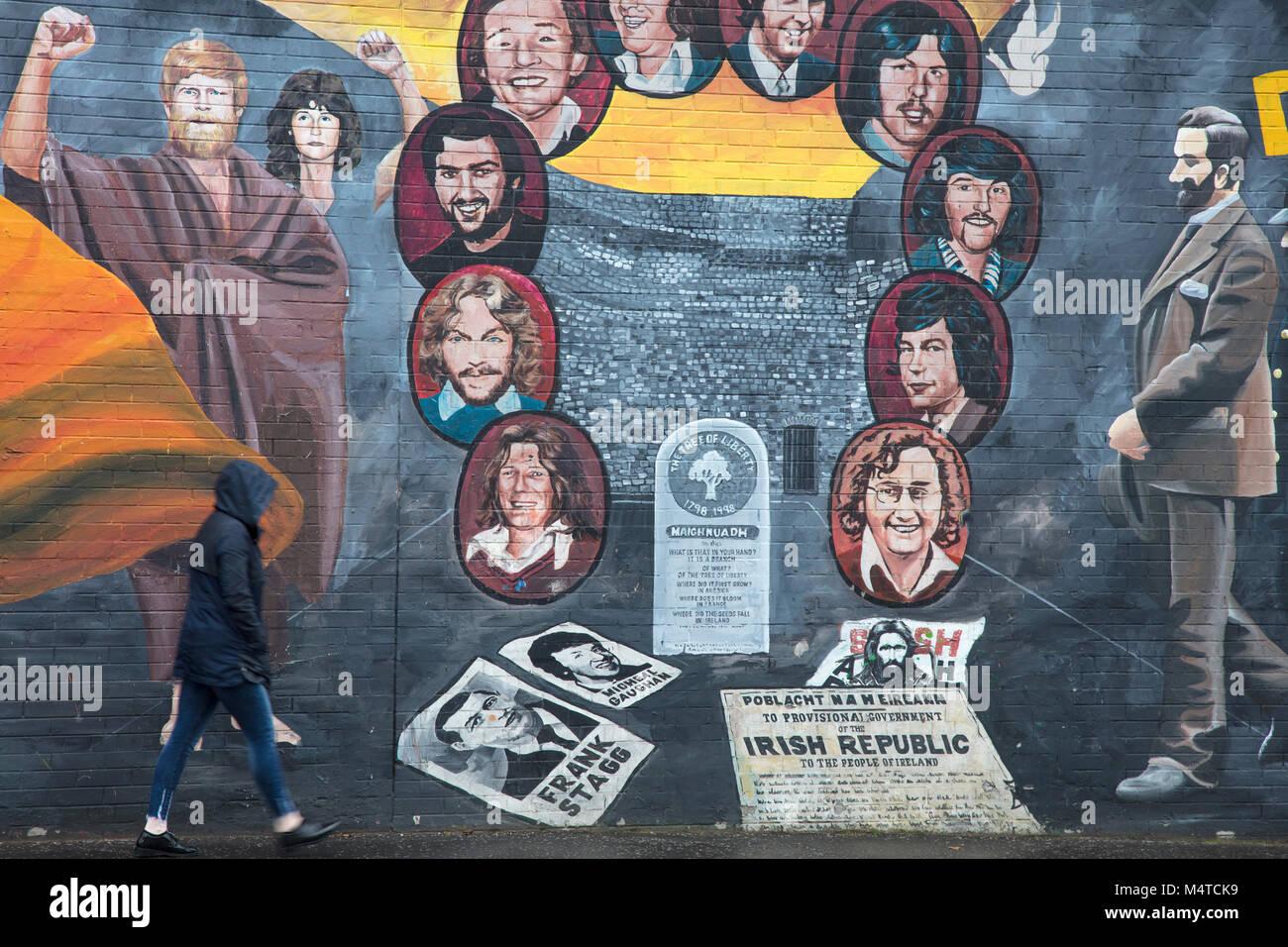 Fresque républicaine commémorant la grève de la faim, Falls Road, Belfast, pays d'Antrim, Irlande Photo Stock
