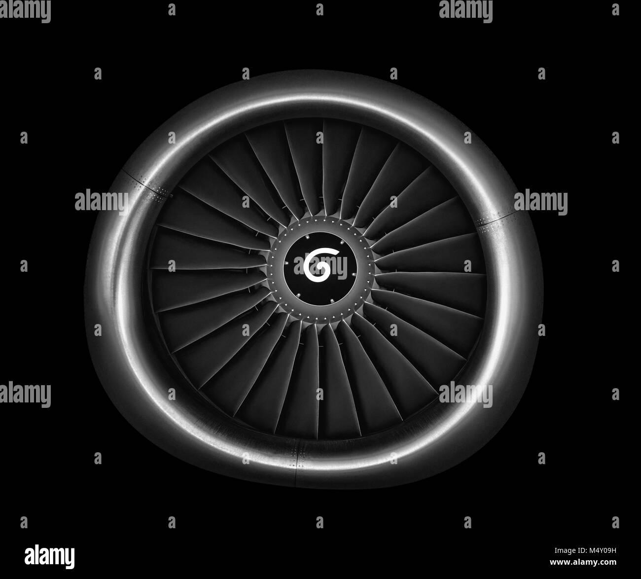 Avion moteur. close up des turboréacteurs d'avions sur fond noir Photo Stock