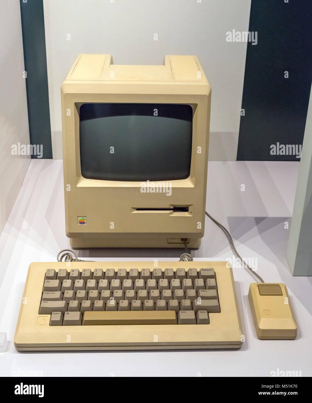 Une pré-production 1984 ordinateur de bureau Apple Macintosh, le Science Museum, Londres Photo Stock