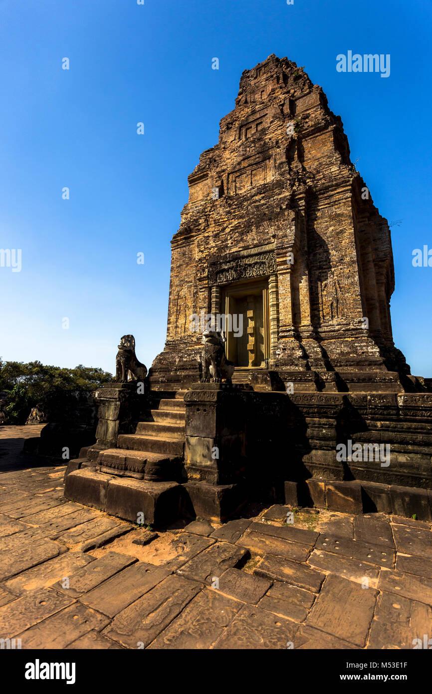 East Mebon Angkor Wat Siem Reap Cambodge Asie du Sud-Est est un 10e siècle temple à Angkor, au Cambodge. Photo Stock