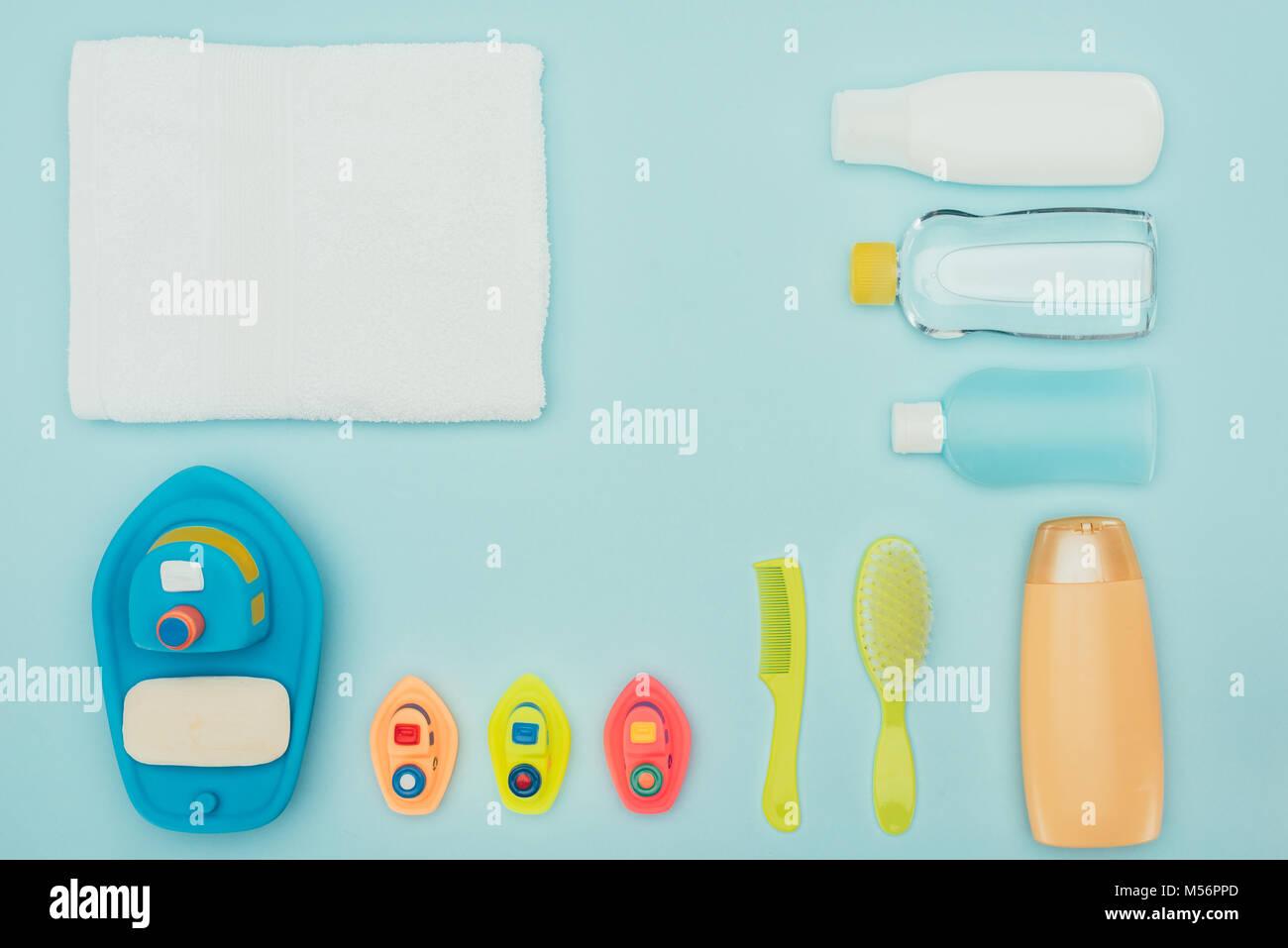 Tapis Salle De Bain Alinea ~ vue de dessus de jouets pour b b et accessoires de salle de bains