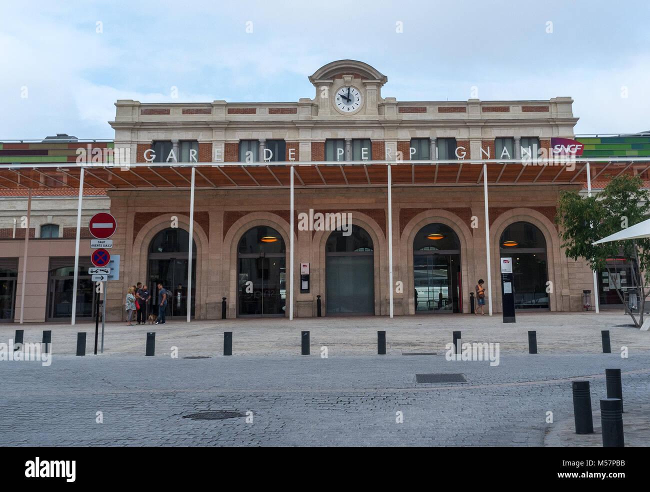 7 septembre 2014 France, Perpignan l'édifice de la gare dans la ville de Perpignan. Photo Stock