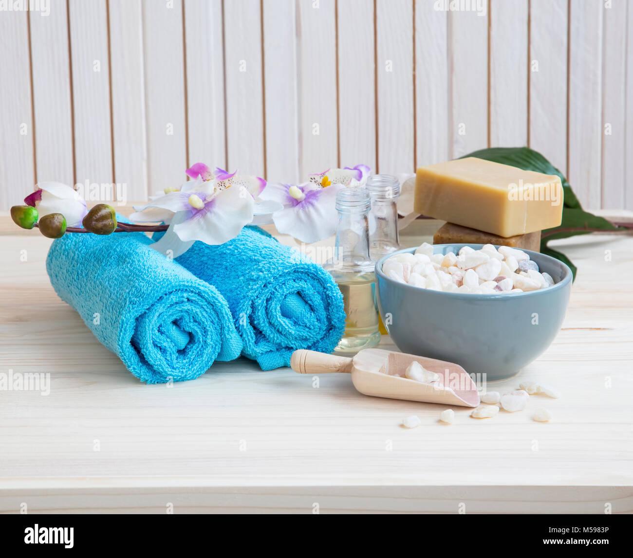 Still Life Spa avec serviettes en coton , orchidée, fleur