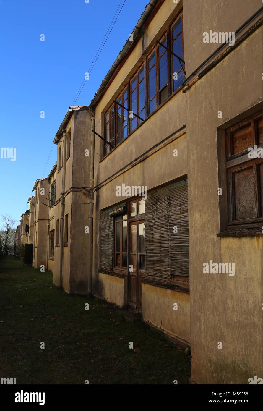 L'Espagne, la Catalogne, Puig-Reig. Pouvez Vidal. Colonie Industrielle Textile. 1901-1980. Le logement des travailleurs. Photo Stock