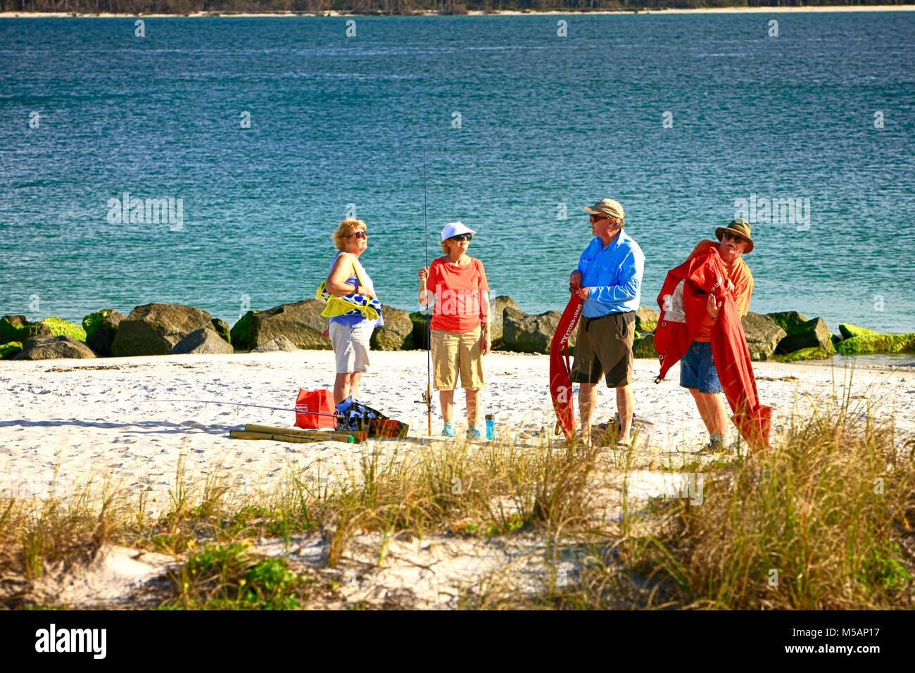 Les gens sur la plage, à la pointe de Port Boca Grande en Floride, USA Photo Stock