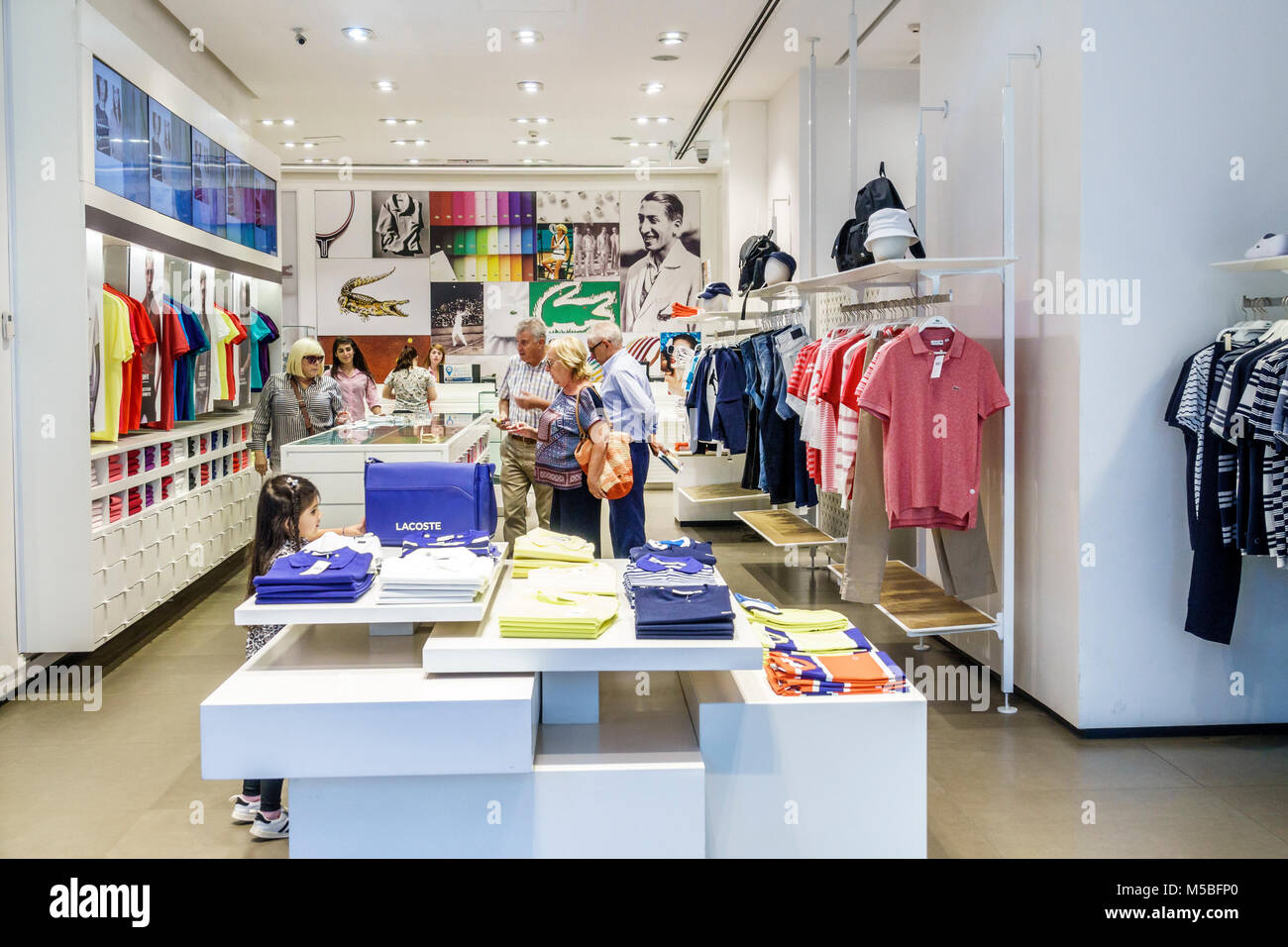 29f3fe1554c6 Argentine Buenos Aires Avenida Cordoba Galerias Pacifico mall shopping  center centre commercial à l'intérieur