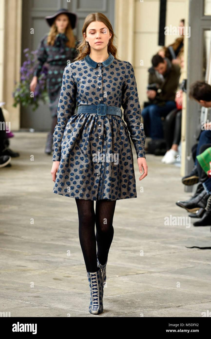 Milan, Italie. 22 Février, 2018. Femme Fashion Week automne/hiver. 2018/2019  Luisa Beccaria, les défilés de mode indépendant Crédit  Photo Agency  Srl/Alamy