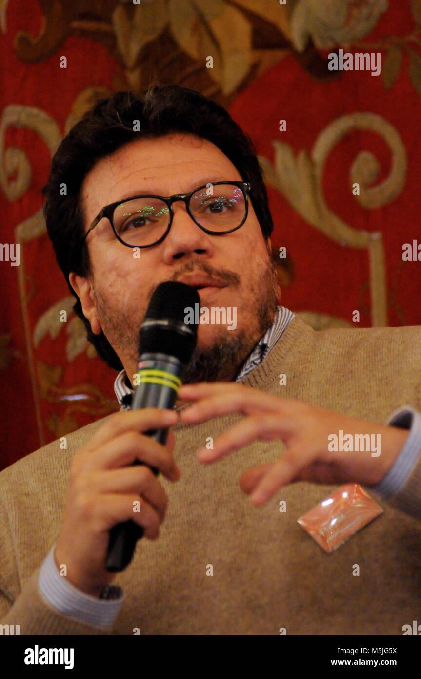 Le romancier colombien Santiago Gamboa à une conférence au festival littéraire des Quais du Polar, Lyon, France Banque D'Images