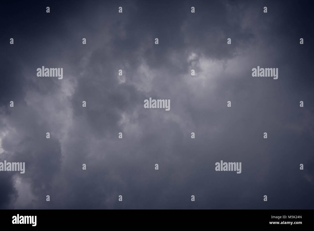 Résumé fond de nuage sombre de tempête Photo Stock