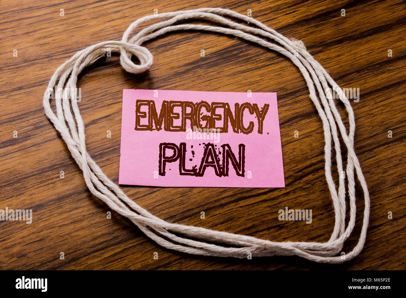 Texte manuscrit montrant Plan d'urgence. Concept d'une protection en cas de sinistre écrit le post Photo Stock