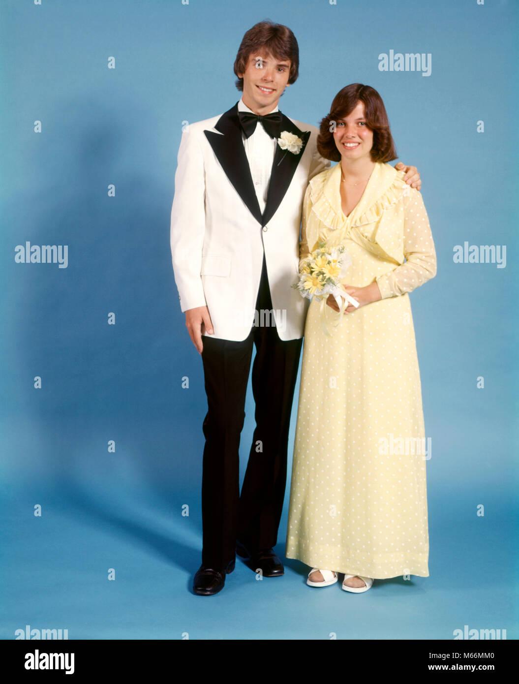 1970 Teen Couple Habillé Pour Le Prom Girl Robe Robe Longue