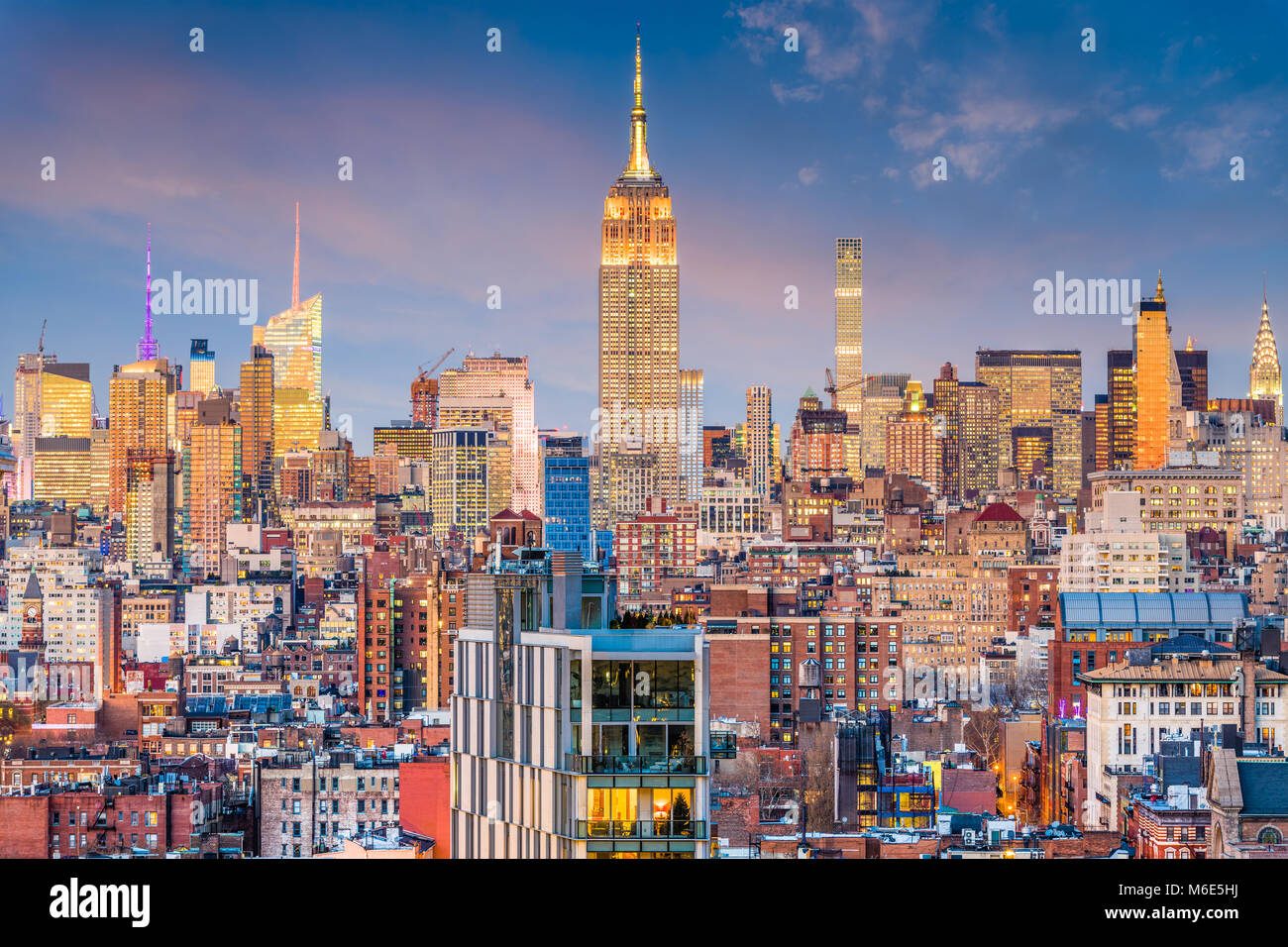 La ville de New York, USA Manhattan skyline at Dusk. Photo Stock
