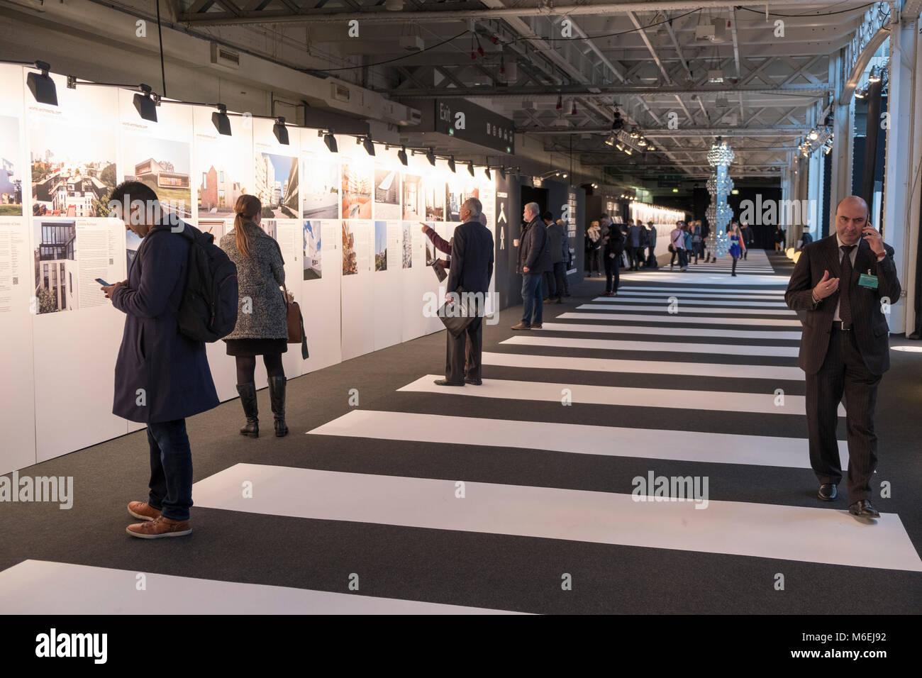 Une exposition au salon Architects@Work, Olympia, le 25 janvier 2018 Banque D'Images