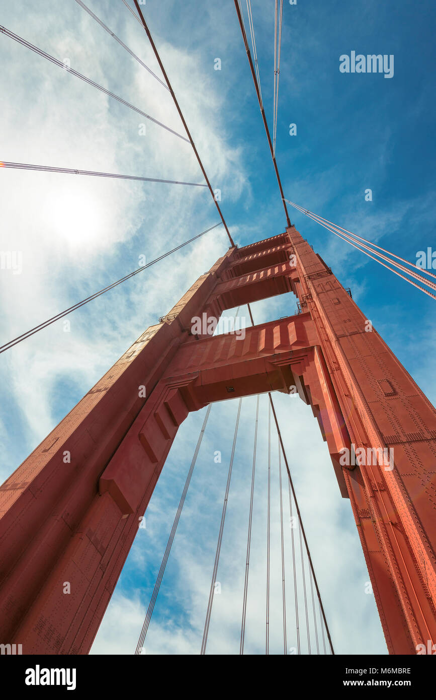 Golden Gate Bridge un gros plan de la tour nord, San Francisco Photo Stock