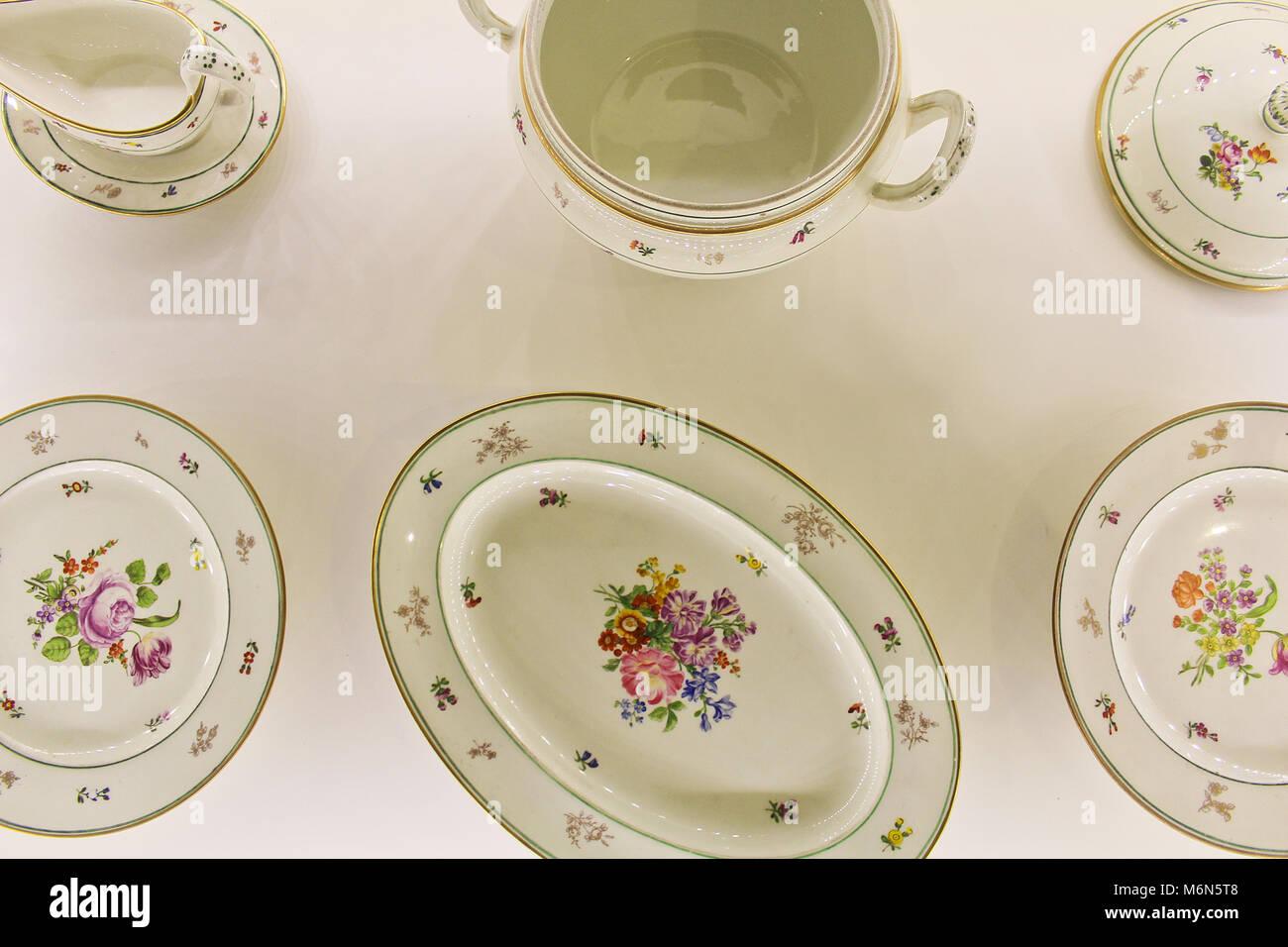 Vieux blanc porcelaine autrichienne de l'année 1829 Banque D'Images