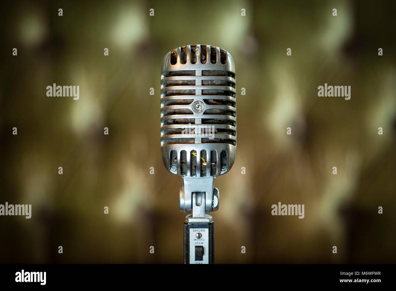 Elvis Presley Vintage 555W Unidyne Shure Microphone dynamique à partir de 1960. Photo Stock