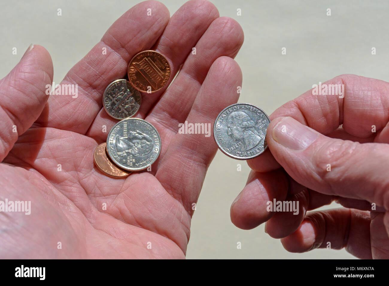 Détail montre comptant United States de pièces ou de changement. Ou nous donner le changement pour achat Photo Stock
