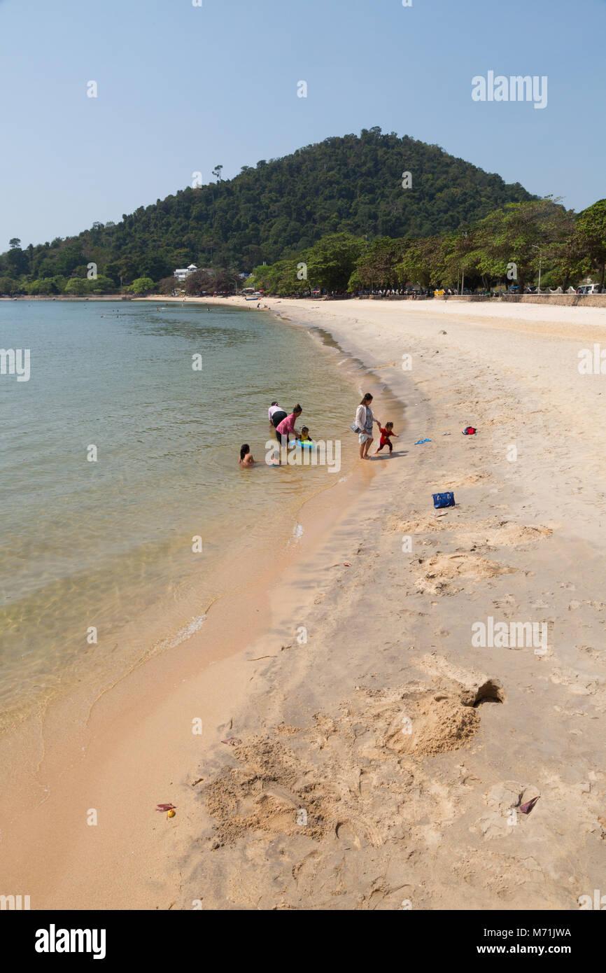La plage de Kep, Kep, la province de Kampot, Cambodge Asie Photo Stock