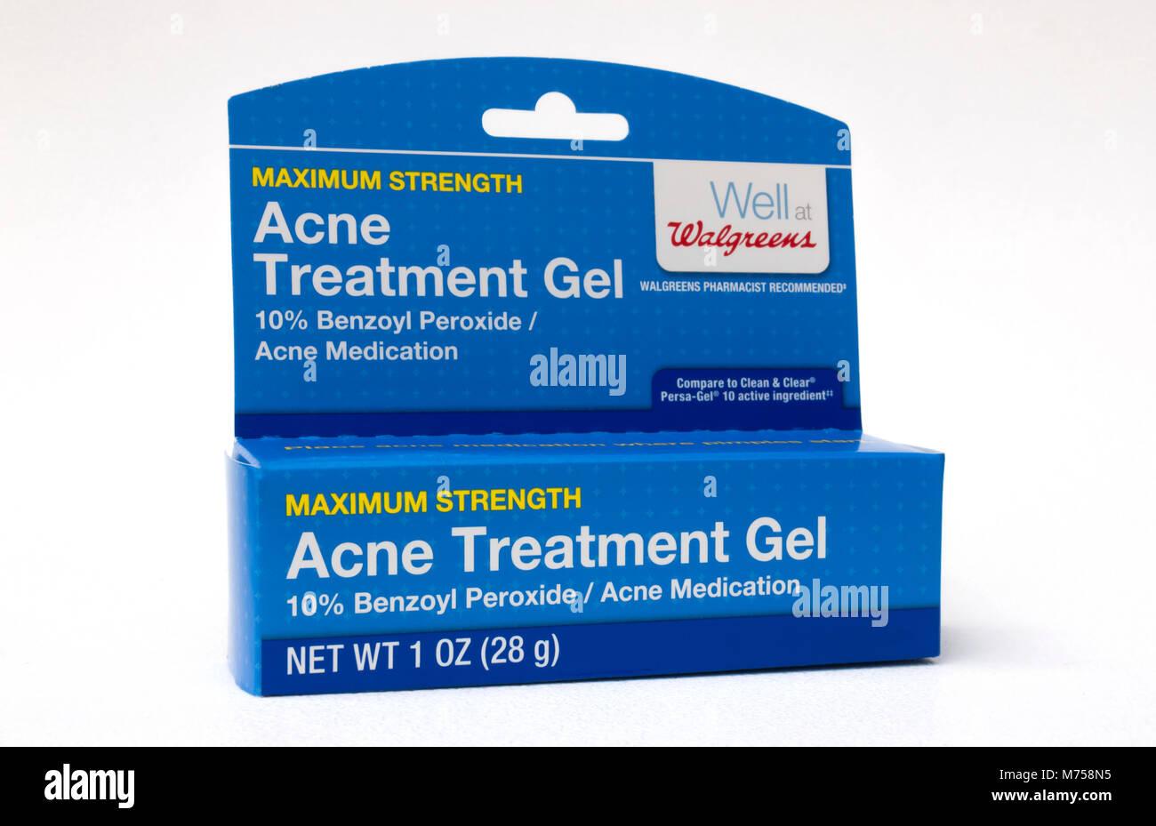 Traitement de l'Acné gel contenant du peroxyde de benzoyle. Photo Stock
