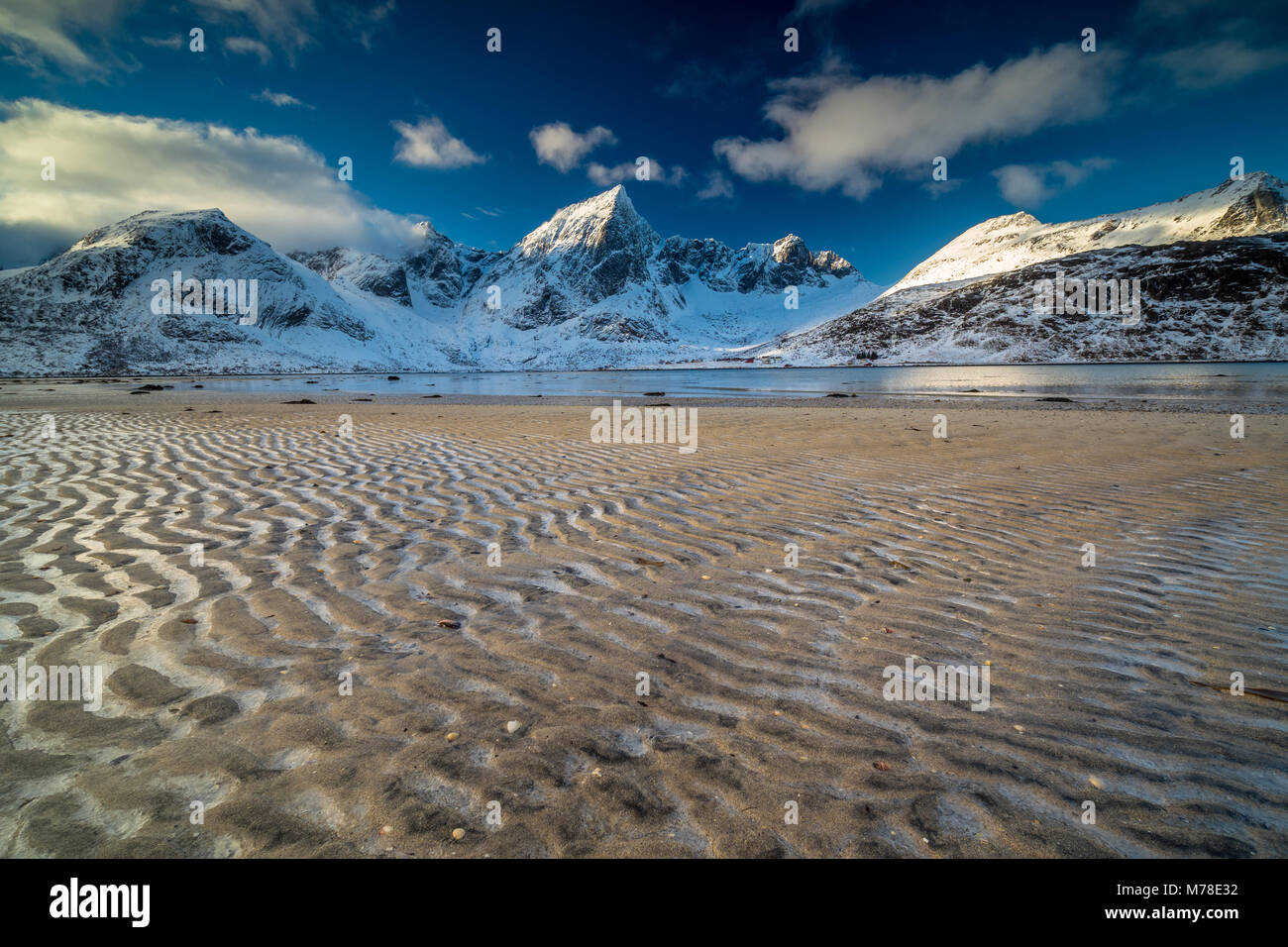 Scène d'hiver de Norvège Lofoten Photo Stock