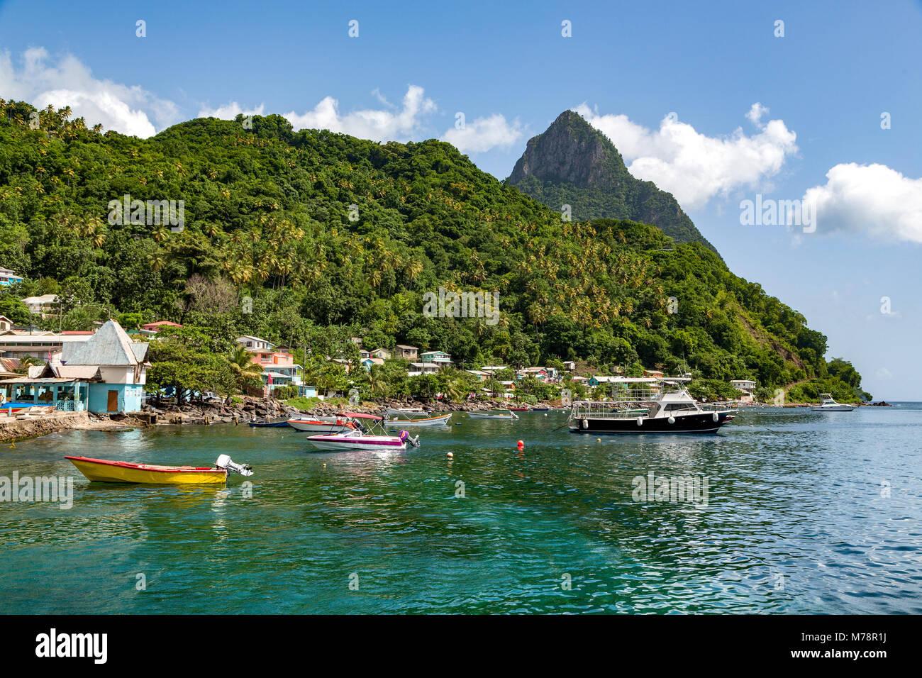 Petit Piton de la Soufrière, Sainte-Lucie, îles du Vent (Antilles Caraïbes, Amérique Centrale Photo Stock