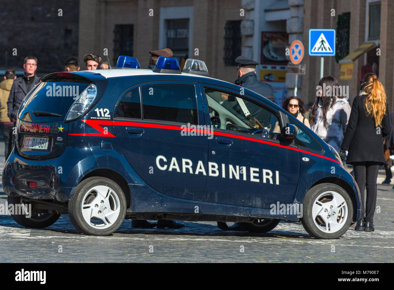 police italy rome photos police italy rome images alamy. Black Bedroom Furniture Sets. Home Design Ideas
