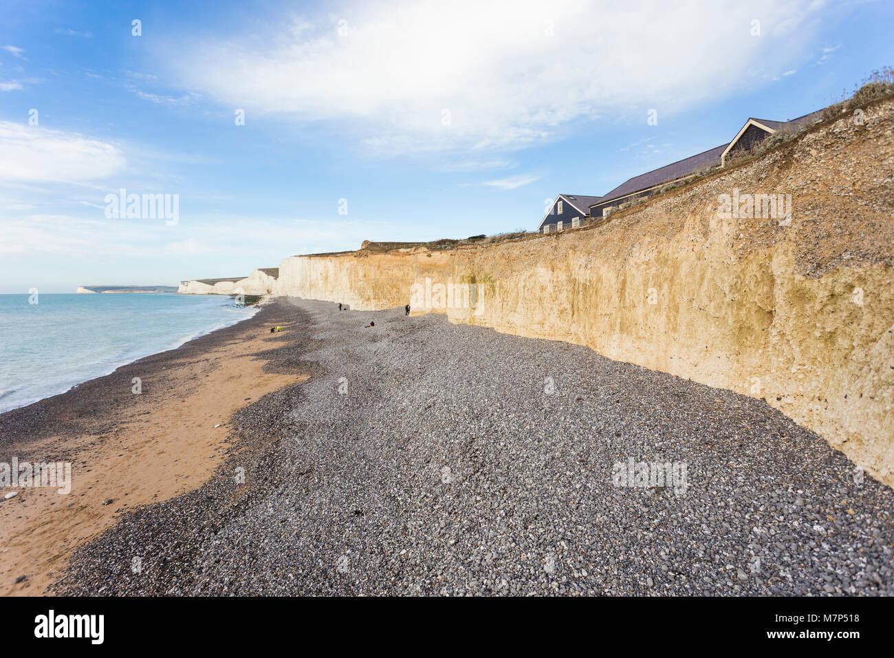 Les sept Sœurs est une série de falaises de craie par la Manche. Ils font partie de la South Downs dans l'East Photo Stock