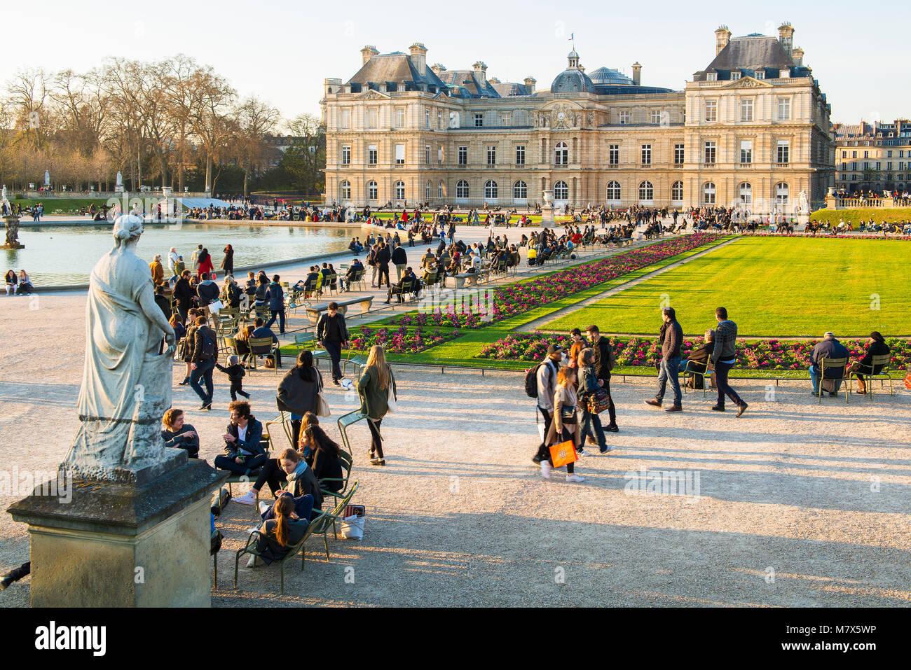 Jardin Du Luxembourg Paris Banque D Image Et Photos Page 8 Alamy