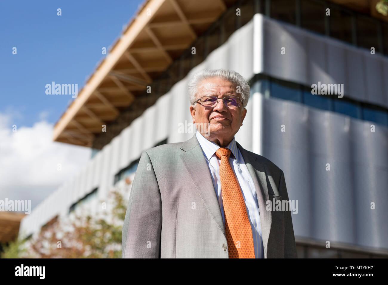 Seigneur Kumar Bhattacharyya dans le centre de fabrication internationales à l'Université de Warwick. Photo Stock