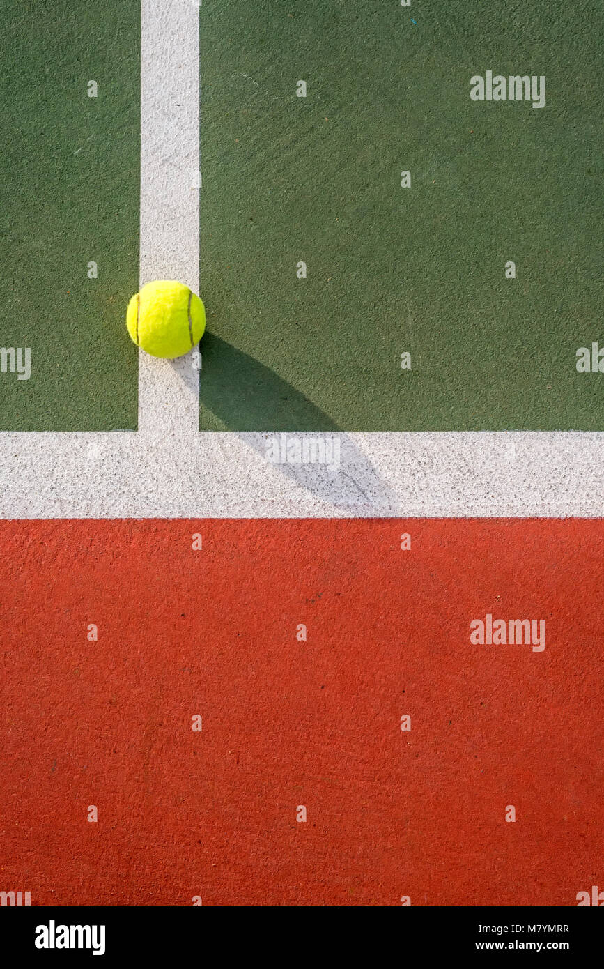 Close up d'un court de tennis et des lignes et peint. Photo Stock
