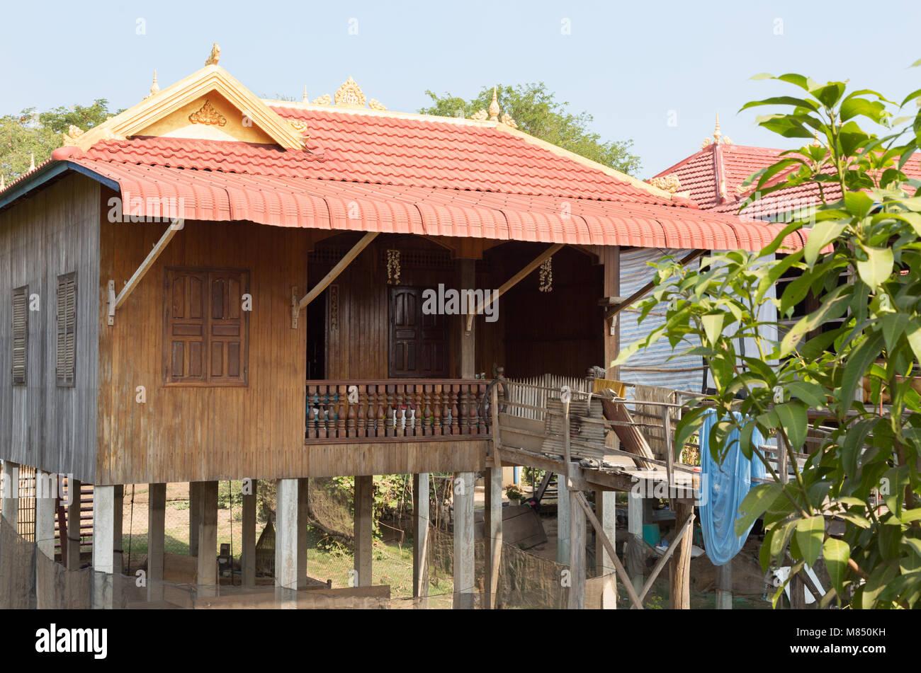 Maison typique dans les régions rurales du Cambodge Le Cambodge, Kampong Cham, Cambodge Asie Photo Stock