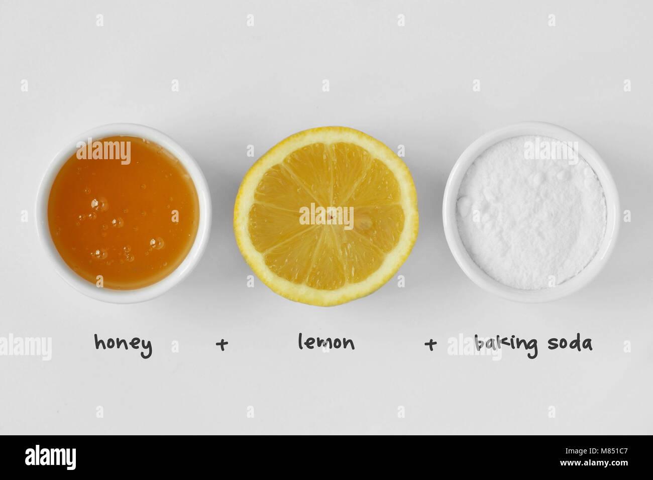 style limité meilleures chaussures produits chauds Masque visage fait maison composé de miel, jus de citron et ...