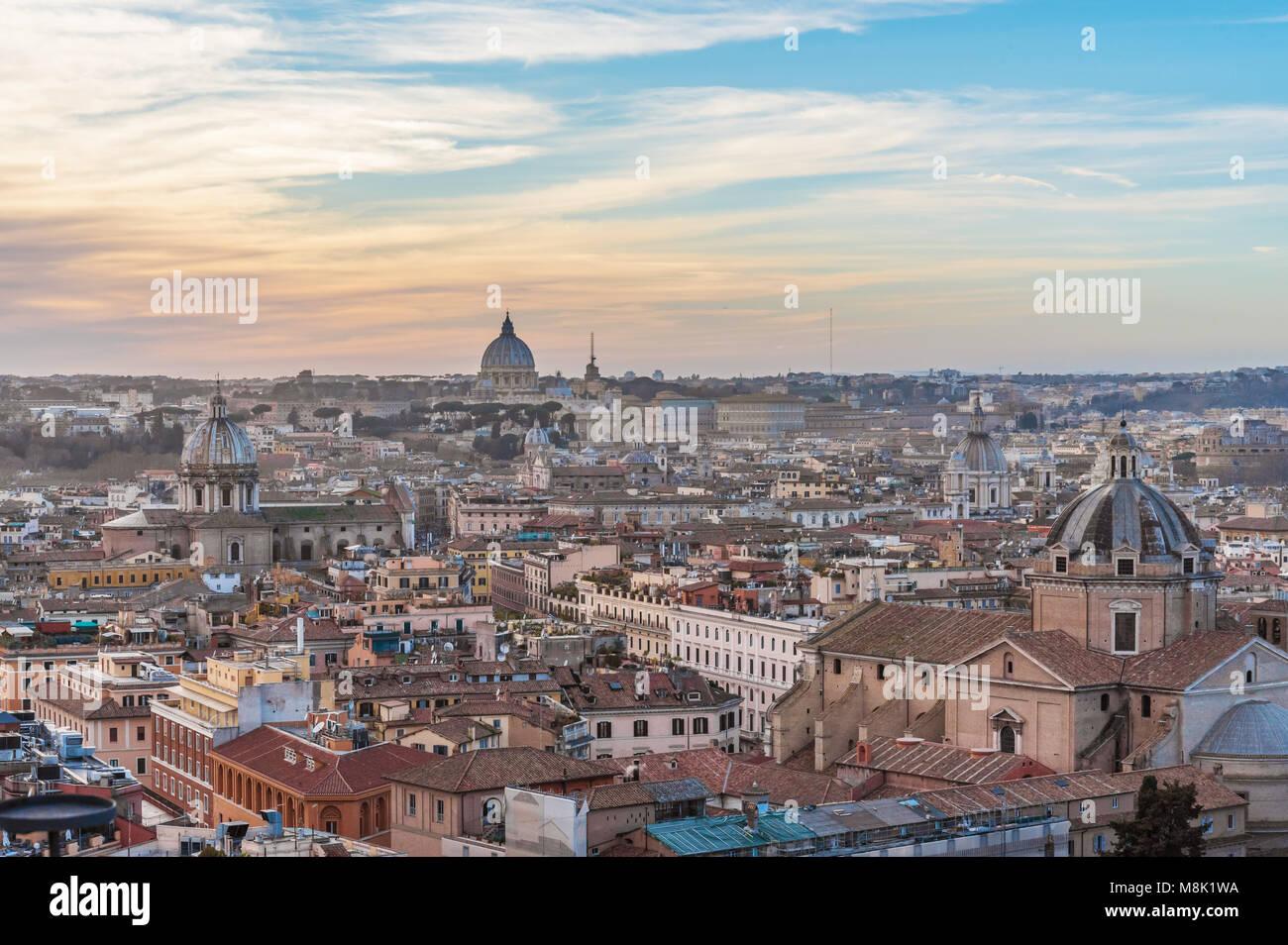 Rome, Italie - le paysage urbain de monument Vittoriano, dans le centre de Rome, également connu comme 'Altare Photo Stock