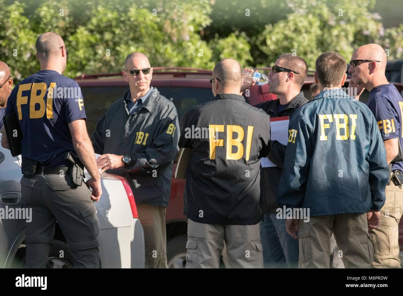 agents du FBI datant 10 façons de savoir que vous sortez avec une vraie femme
