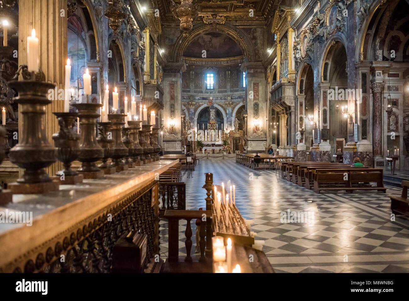 Florence. L'Italie. Intérieur de la Basilique della Santissima Annunziata (église de la Très Photo Stock