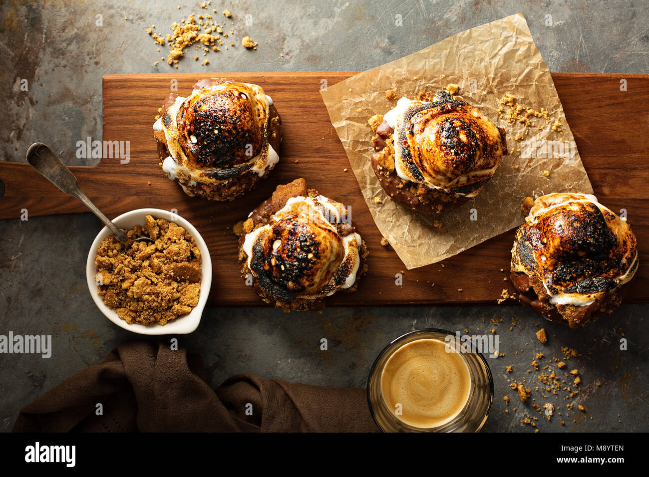 Smores donuts vue supérieure Photo Stock
