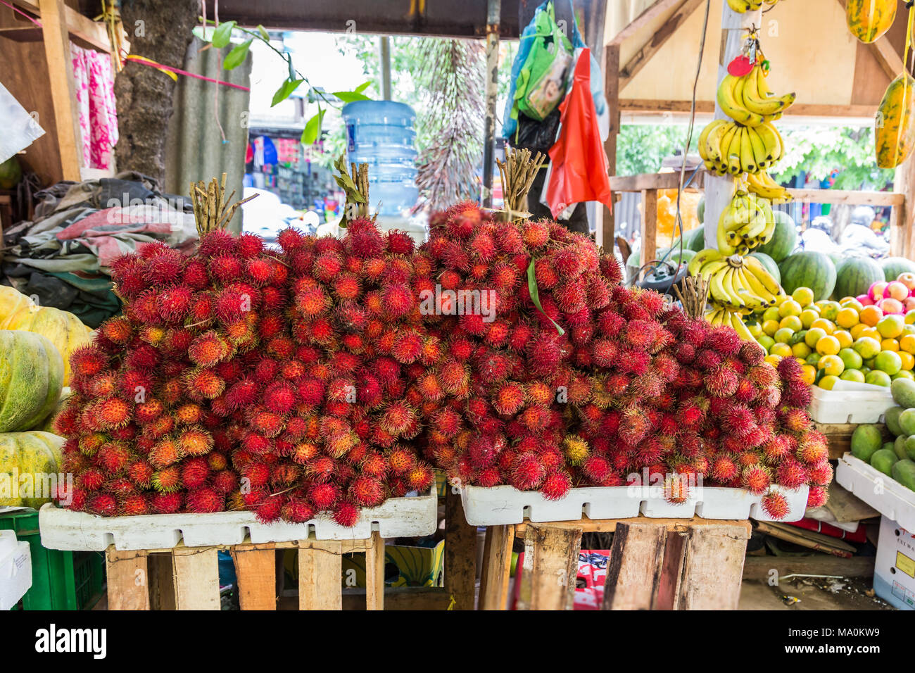 Ramboutan ou rouge fruits litchi poilue Photo Stock