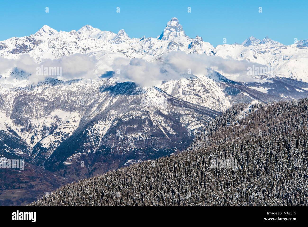 Vues à partir de la station de ski de Pila, vallée d'aoste, Italie Photo Stock