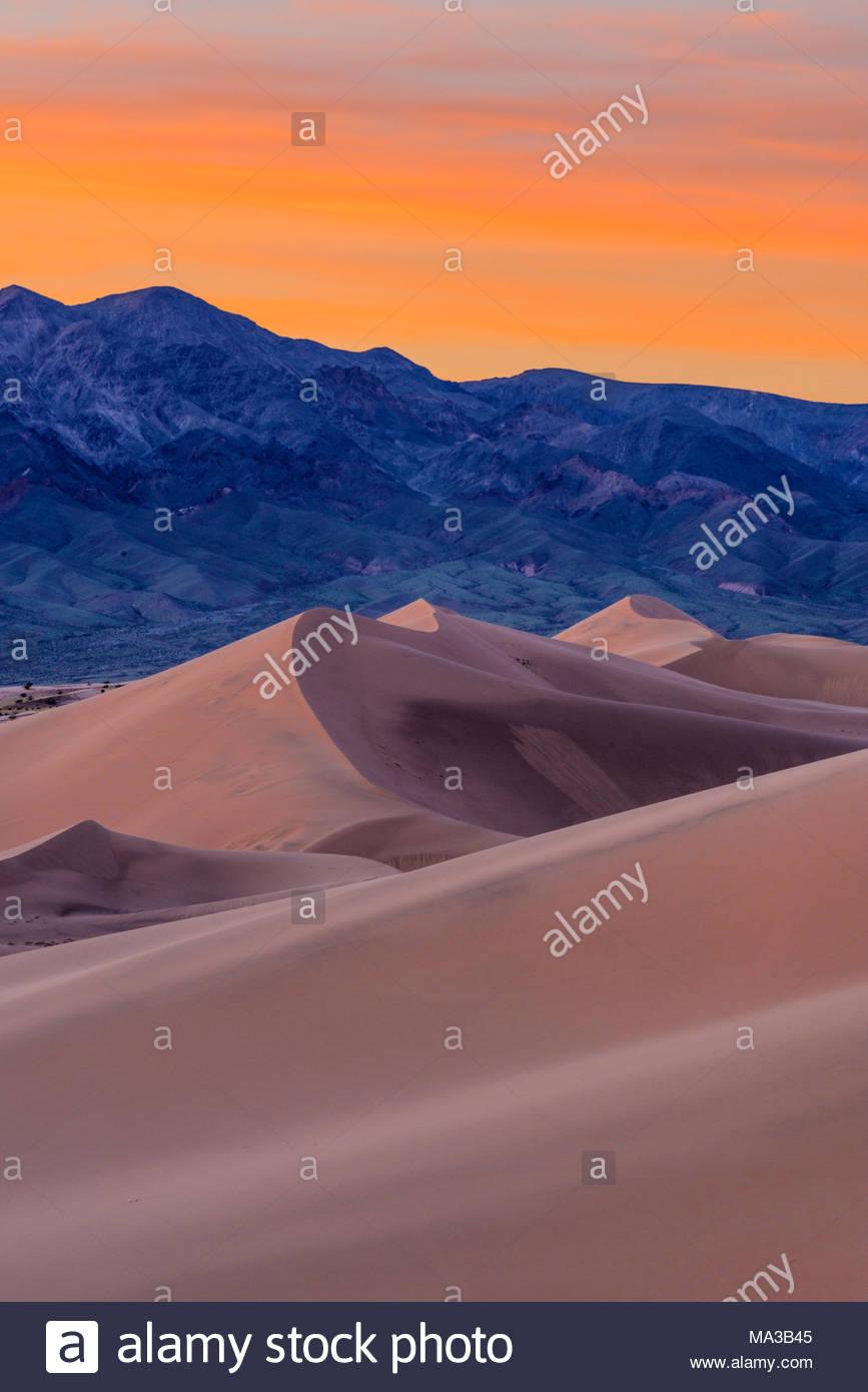 Dunes d'Ibex au coucher du soleil, la Death Valley National Park, California Photo Stock