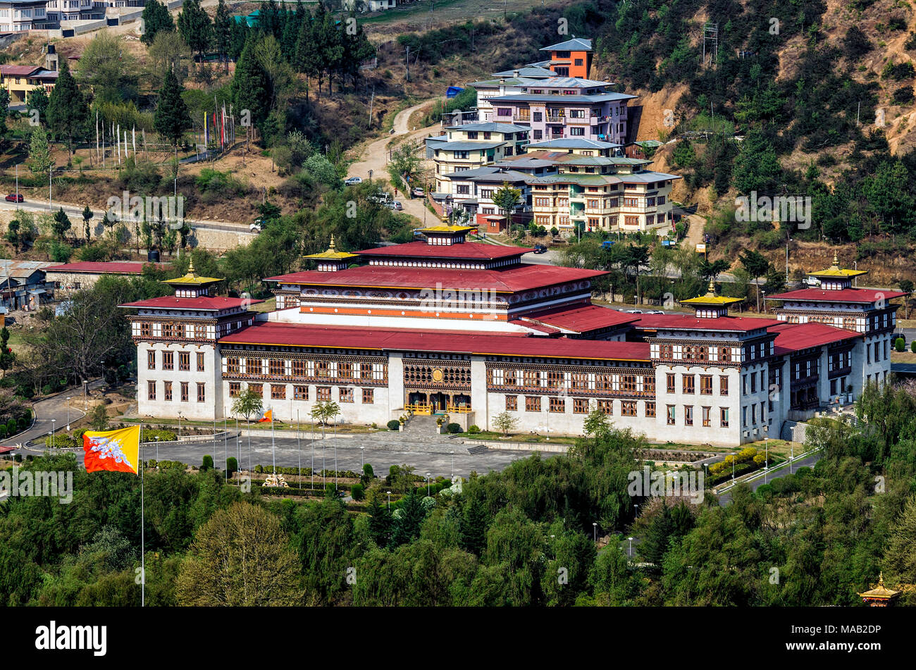 Le nouveau bâtiment du parlement à Thimphu, Bhoutan - arlement du Bhoutan, vu de Trashi Chhoe Dzong, Thimphu Photo Stock