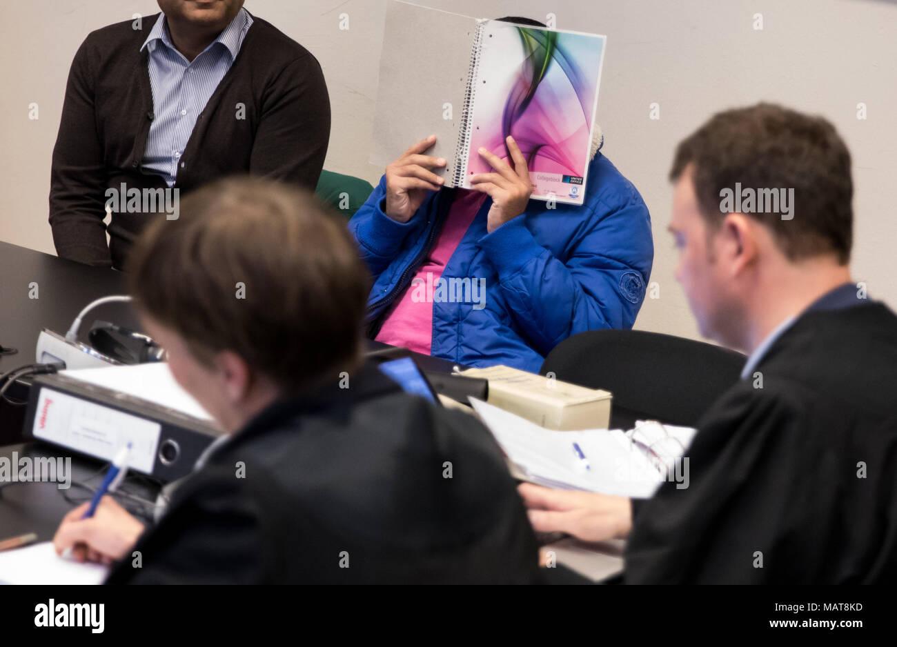 349211a9fc5ec6 04 avril 2018, l'Allemagne, Hambourg : l'homme de 34 ans
