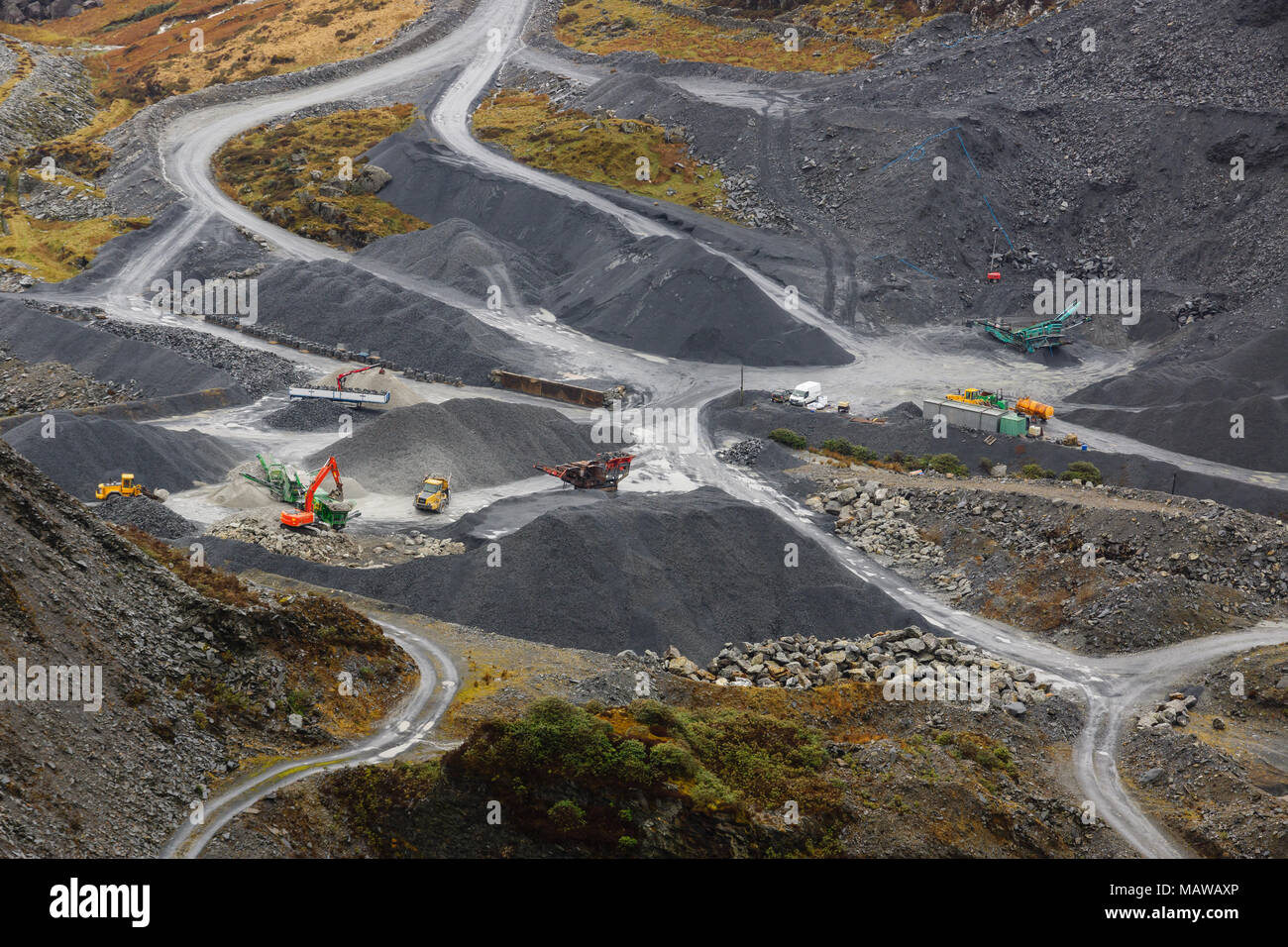 mining and quarrying photos mining and quarrying images alamy. Black Bedroom Furniture Sets. Home Design Ideas