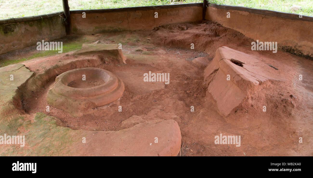 Coin cuisine excavés au grand Zimbabwe près de Masvingo au Zimbabwe. Photo Stock