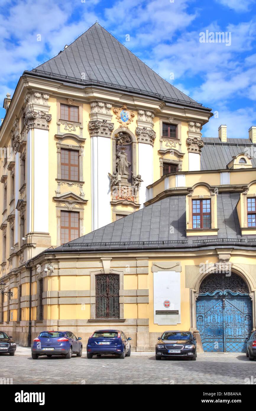 WROCLAW, POLOGNE - Mai 08,2014 : de belles façades de maisons ...