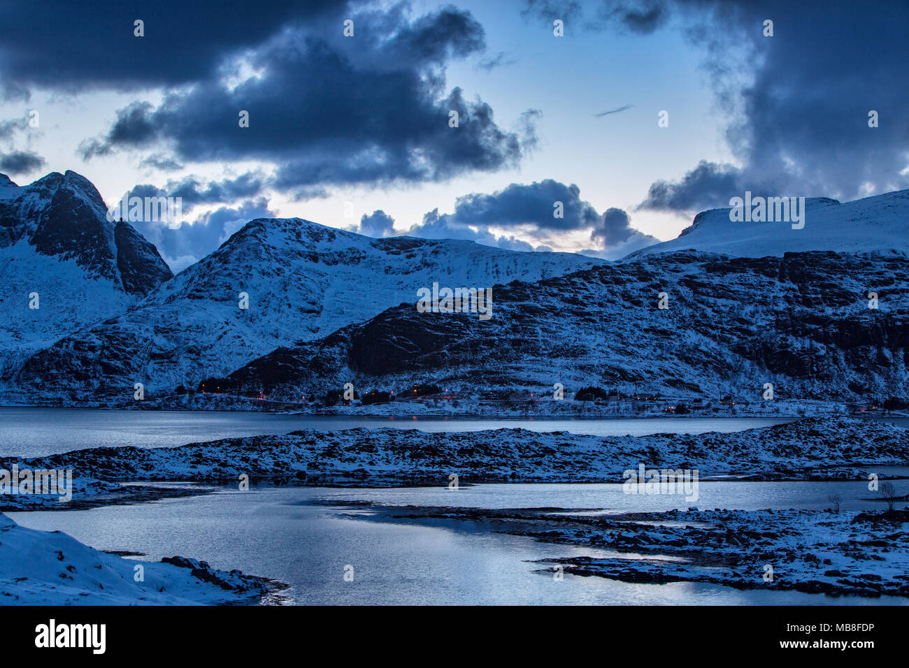 Les îles Lofoten, Norvège, 03-11-2018, littoral, fjord Photo Stock