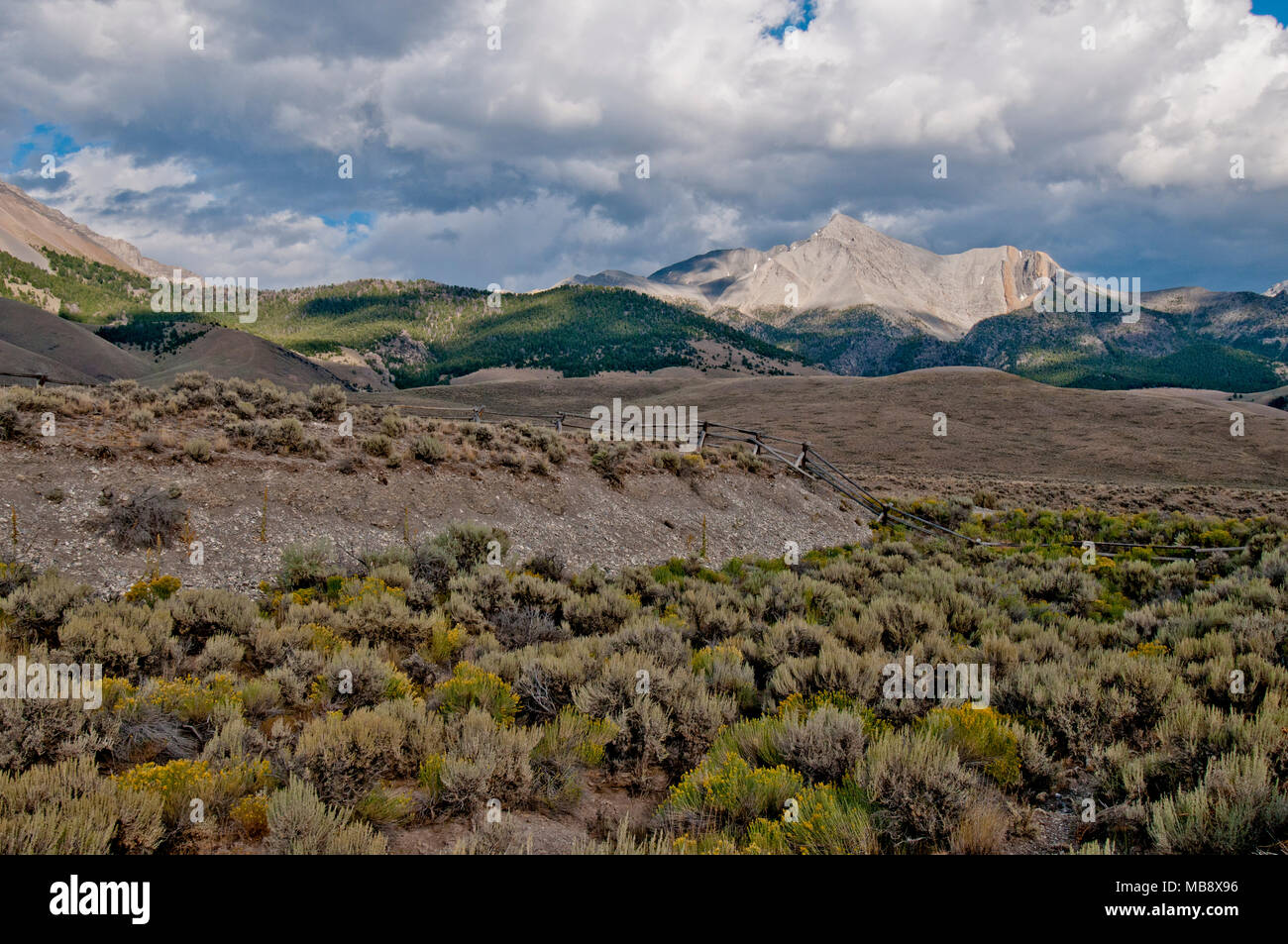 Mount Borah 21-mile de long escarpement séisme avec Mount Borah dans l'arrière-plan Photo Stock